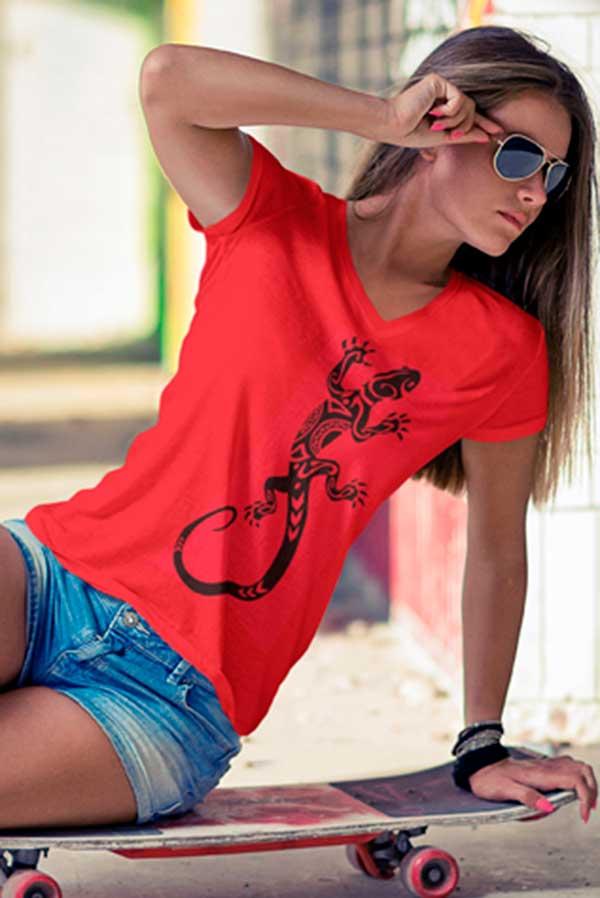 Camiseta mujer cuello pico lagarto