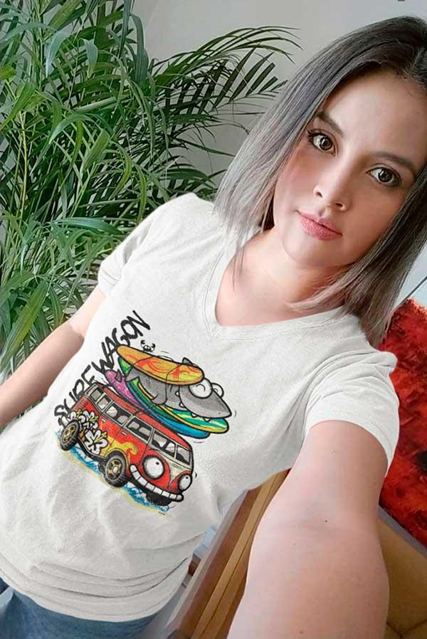 Camiseta mujer cuello pico furgoneta surf