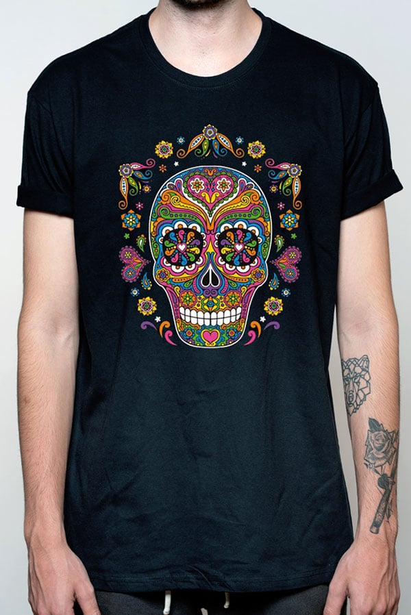 Camiseta hombre calavera flores
