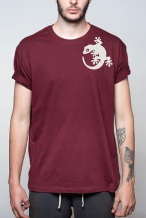 Camiseta hombre lagartija hombro