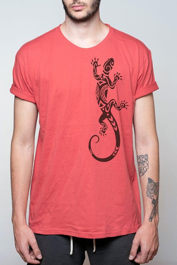 Camiseta hombre lagarto maorí