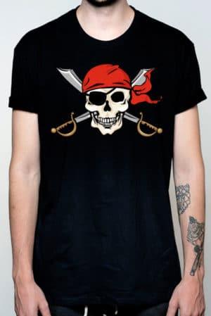 Camiseta hombre calavera pirata